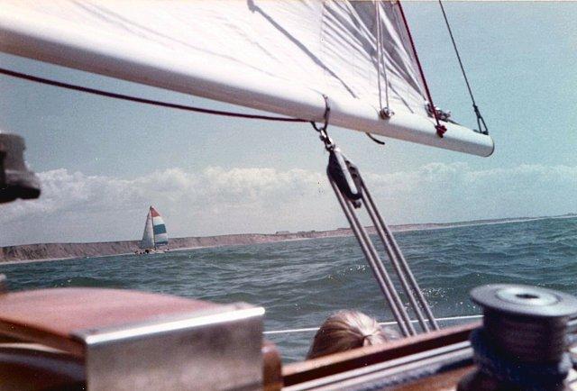 Zeilen lands de Jutlandse kust