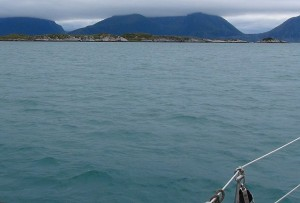 Bij Bolga is het water prachtig mooi blauw!